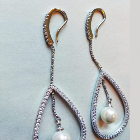 Drop Shape Pearl Earrings