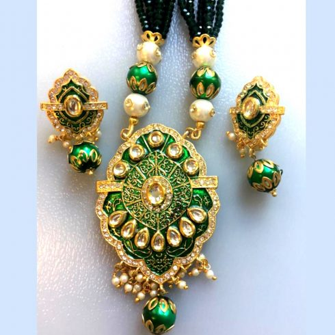 Green Kundan Style Necklace and Earrings Set