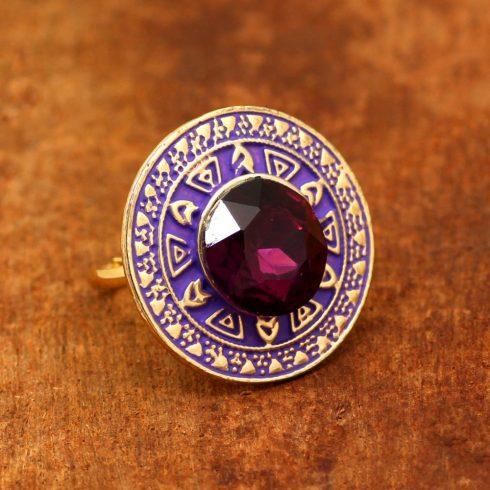 Lila kör alakú meenakari gyűrű