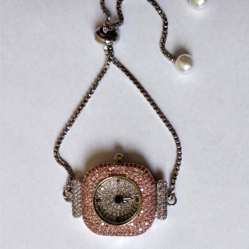Rhinestone watch with pearls